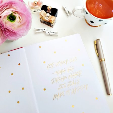 The Leaders in Heels Planner Make It Happen - Endpaper with gold foil