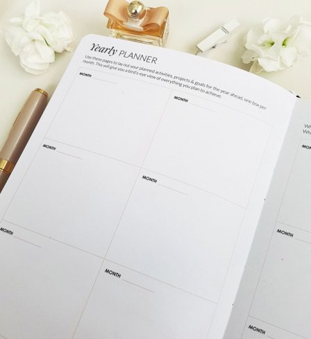 The Leaders in Heels Planner Make It Happen - Yearly Planner